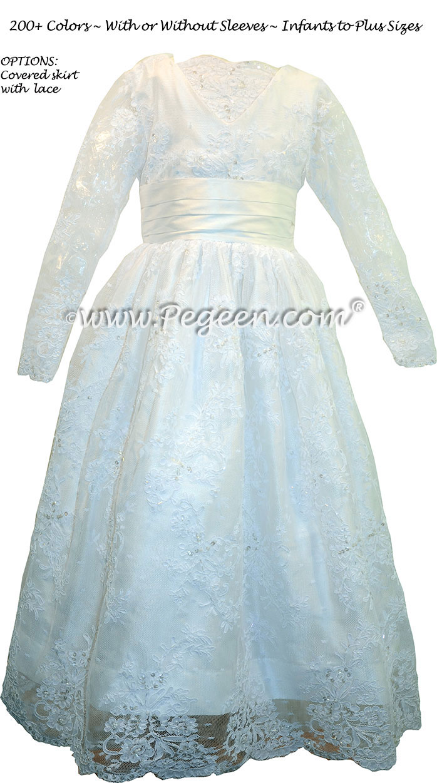 Modest Style Flower Girl Dress with Decolletage Neckline