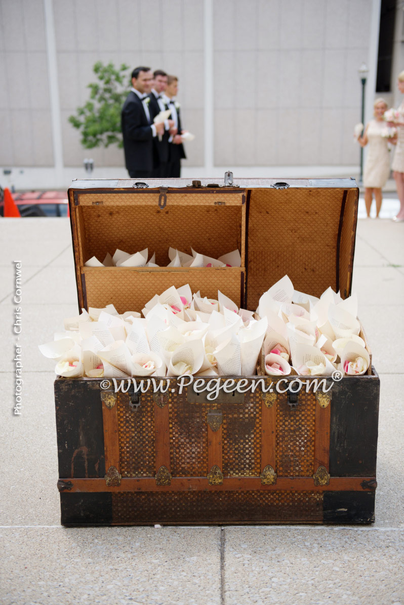 Super simple way to prep flowers to throw at the new bride and groom now that churches discourage rice throwing.