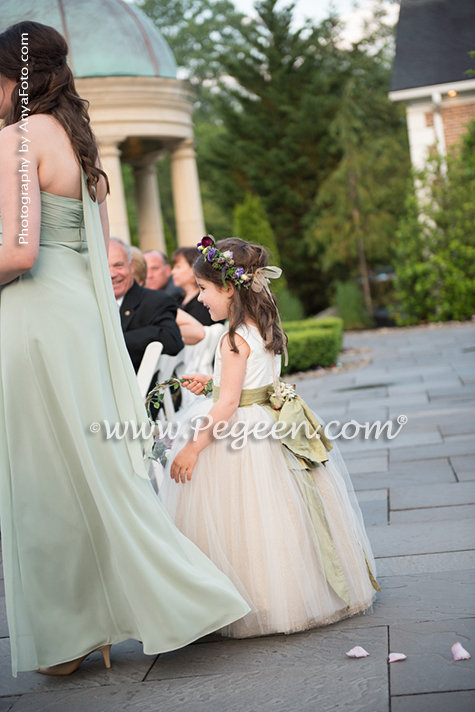 2017 Wedding/Flower Girl Dress of the Year